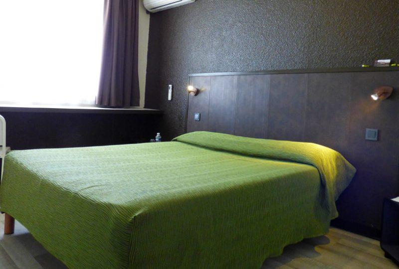 Hôtel Drom'Sud à Donzère - 1