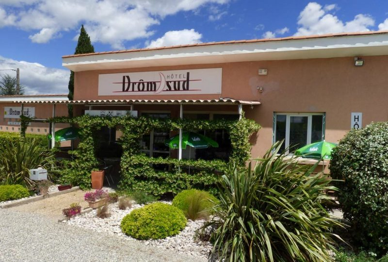 Hôtel Drom'Sud à Donzère - 0
