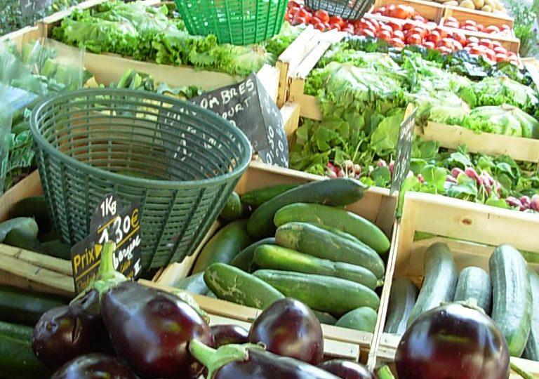 Grand marché provençal à Dieulefit - 0