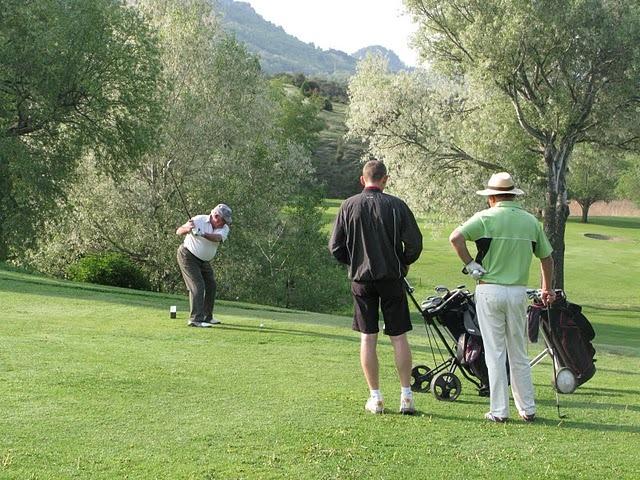 Golf illimité en Drôme Provençale à Clansayes - 0