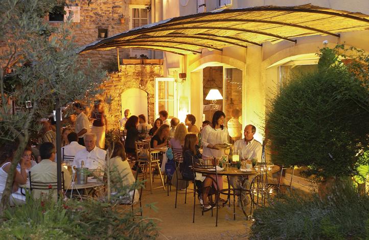 Restaurant Les Buisses à Saint-Restitut - 17