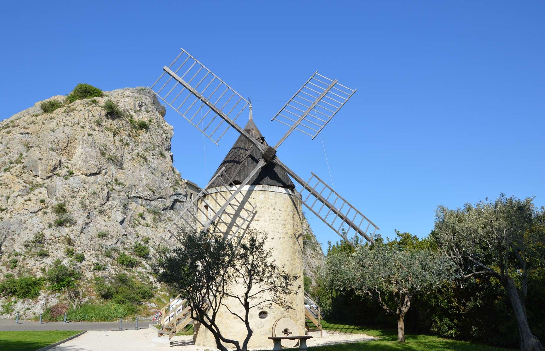 Le Moulin à Pierrelatte - 1